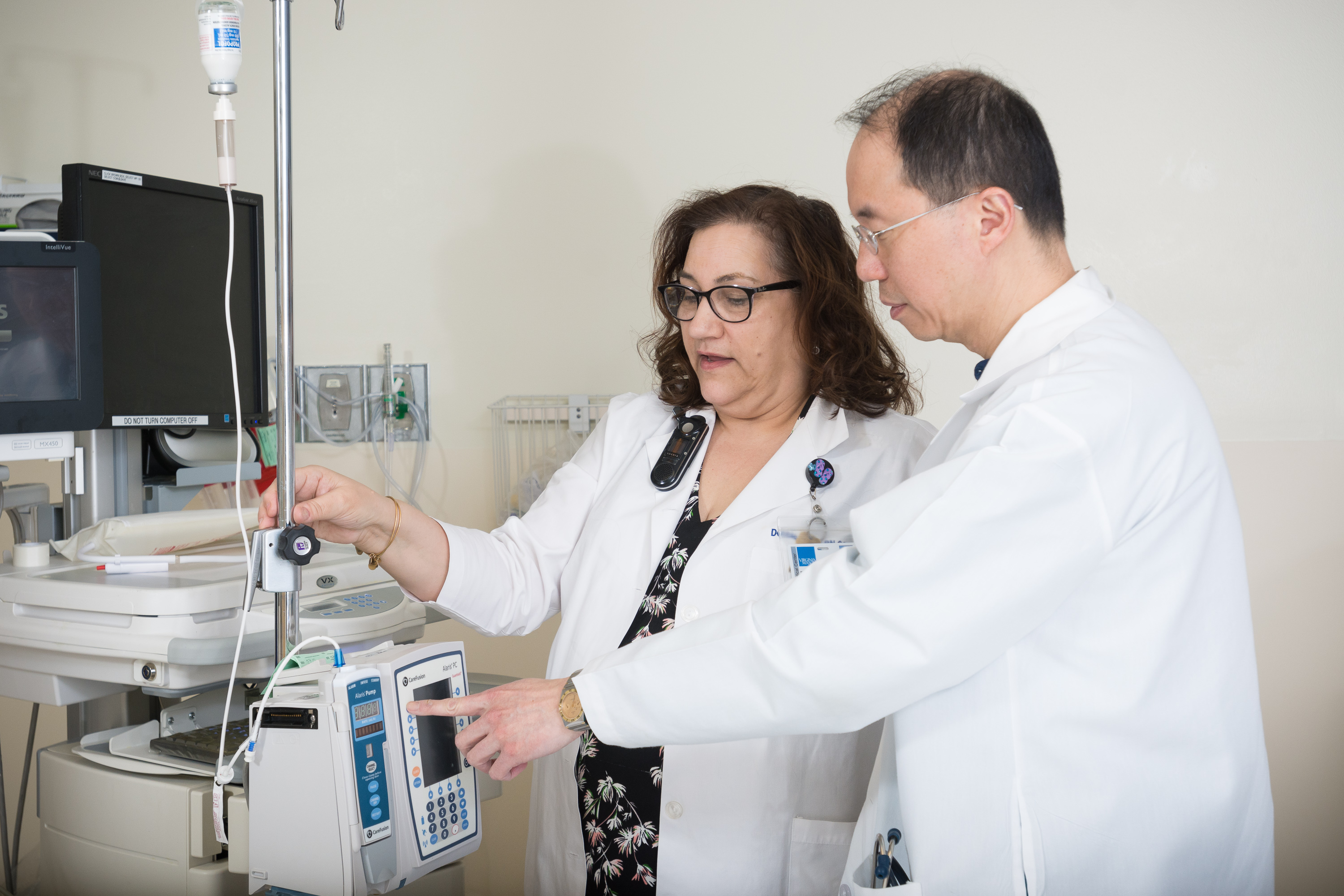 Deborah Tombs, RN, and DDI Quality Improvement Director, Otto Lin, MD, discuss propofol infusion dosing.