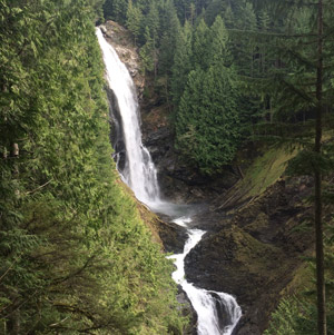 Wallace Falls — spotted by two interns on an actual day off from wards!